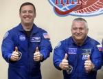 함께 우주로 향하는 미국-…