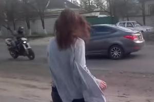 우연히 포착된 오토바이와 차량 충돌 순간