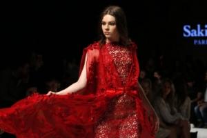 [포토] 강렬한 시스루 레이스 드레스에 '시선 집중'