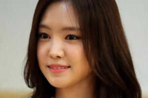 손나은, 싸이의 새 뮤즈로…마카오서 8집 뮤비 촬영