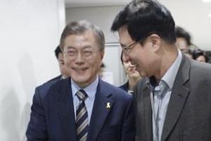 """신경민, TV토론 후일담 """"달님, 성공적…저는 뭐합니꽈"""""""