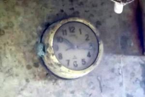 '10시 17분 12초'에 멈춘 세월호의 조타실 시계