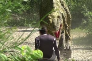 조깅 하던 남성, 공룡 탓에 혼비백산…무슨 일?