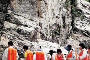 [석가탄신일 특집] 미암사 쌀바위·와불, 부여 지역 소문난 기도처…전국서 발길 이어…