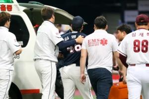 두산 김명신, 시력에 문제 없어…5월 2일 수술 예정