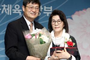 김건모·권혁주… 자녀 재능 꽃피운 모정