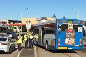 운전 중 버스기사 졸도…힘 모아 참사 막은 호주 시민들