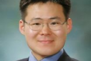 [시론] 한·미 FTA 재협상 위기를 기회로 삼자/김봉철 한국외국어대 국제학부 교수