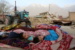 中 신장위구르 규모 5.5 지진… 8명 사망·23명 부상