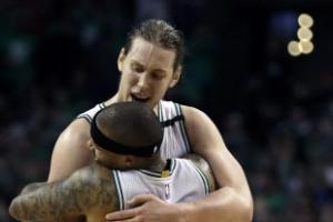 """[NBA] 토마스 28득점보다 빛난 올리닉 26득점 """"클리블랜드 붙자"""""""