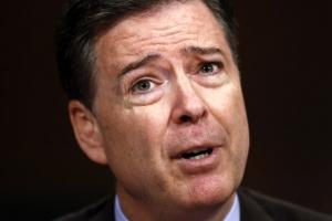 """트럼프 """"FBI 후임국장 인선 빠르게 진행""""…민주당 반발"""