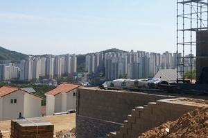 전원주택 여유로움+도시 편리함... 새롭게 각광받는 타운하우스