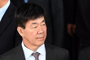 '돈봉투 만찬'으로 기소된 이영렬 다음 달 5일 첫 공판준비기일