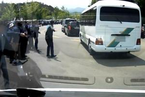 '열린 경호' 5·18기념식장서 구급차가 대통령 차량 추월