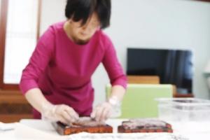 인삼정과·손편지·요리솜씨… '또 다른 협치' 보인 김정숙 여사