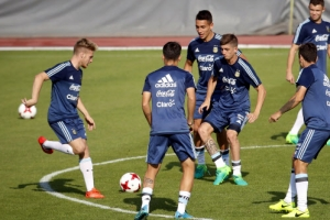 아르헨, 떨고있니…훈련장에 10분 일찍 도착한 U-20월드컵 대표팀