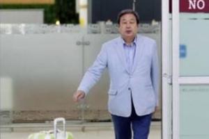"""김무성 '노룩패스' 논란에 신동욱 """"일본에서 깨우친 게…"""""""