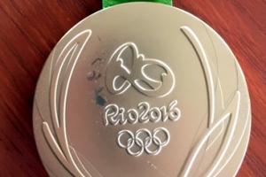 [포토] 올림픽 금메달도 변색되네...