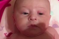 <화제의 영상> 물 싫어하는 아기의 특별한 표정