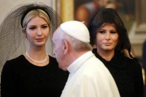 [포토] 교황과 검은 미사보 쓴 멜라니아·이방카