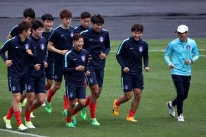 [U20 월드컵] 행복한 '경우의 수'… 그래도 이기면 8강길 편하다