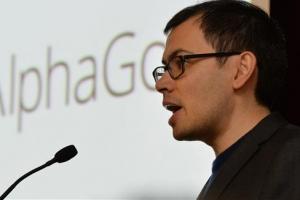 알파고 '범용 AI' 입증… 전문가 돕는 놀라운 도구로