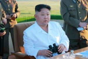 김정은, 요격미사일 성공에도 굳은 표정...왜