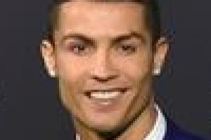 """호날두, 레알 마드리드 떠나나…이적설에 """"불가능한 것 없다"""""""