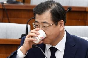 """서훈 """"文후보 시절 남북정상회담 필요 논의"""""""