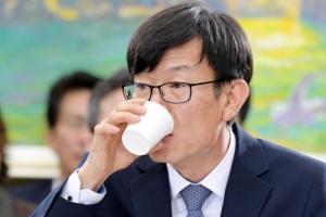 """김상조 청문보고서 채택될까…한국당 """"강행시 국회 보이콧도"""""""