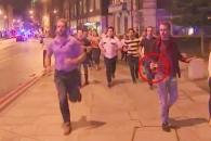 런던 테러 대피 중에도 맥주잔 놓지 않은 사나이