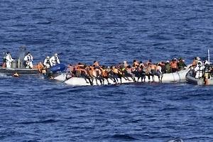 리비아 연안서 이민자 보트 침몰…최소 8명 사망