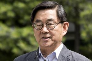 """한인섭 """"반여성적 인물 매도된 안경환, '친여성'이라고 공격받았다"""""""
