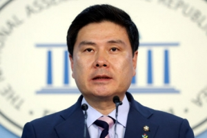 """지상욱, 바른정당 대표 후보 사퇴…""""가족 건강에 이상"""""""