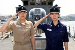 해군 사상 첫 여군 함장·고속정 편대장 탄생…누군가보니?