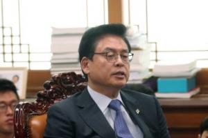 """정우택 """"부적격자 임명에 냉각기 필요""""…한국당, 국회 상임위 보이콧"""