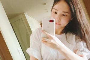 [포토] 민효린, 청량미 넘치는 '거울 셀카'… 여신 미모 인증
