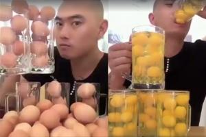 17초 만에 날달걀 50개 꿀꺽한 BJ