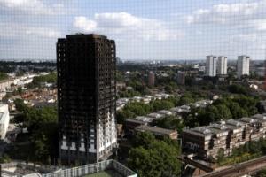 """'그렌펠 타워 화재' 수사 중인 영국 경찰 """"과실치사 혐의 검토"""""""