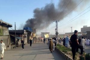파키스탄 고속도로서 유조차 전복 화재…최소 123명 사망