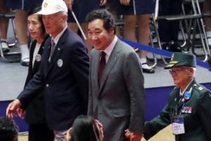 """이낙연 총리, 6.25 기념식 참석…""""北, 억류자 석방해야"""""""