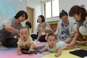 2019년부터 직장인 집안일·육아 지원하는 '가사 서비스 바우처' 도입