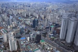금융, 외식, 학원... 지방 상권 스트리트몰 형성으로 '주목'