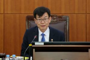 김상조 공정위원장, 첫 전원회의 주재…직접 사건 심의