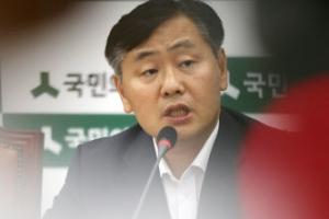 """""""이준서, '이유미 카톡 제보' 박지원에 보냈다…朴은 못 봐"""""""