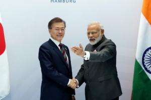 문 대통령, 인도·호주 정상과 연쇄 회담…북핵 해결 방안 공감대
