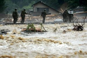 '폭우' 日 규슈 사망자 18명으로 늘어