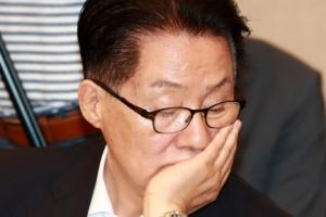 """박지원, 라디오 인터뷰서 김어준과 '신경전'…""""국가가 위기다"""""""