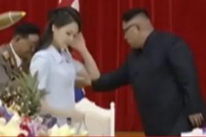 리설주, 왠지 어색해...김정은과의 불화설 증폭