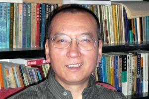 류샤오보 별세 숨기는 中 정부·언론…웨이보에도 언급 '無'